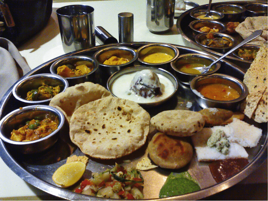 Famous Gujarati Thali