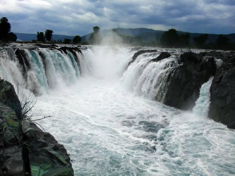 Hogenakkal Falls, Tamil Nadu