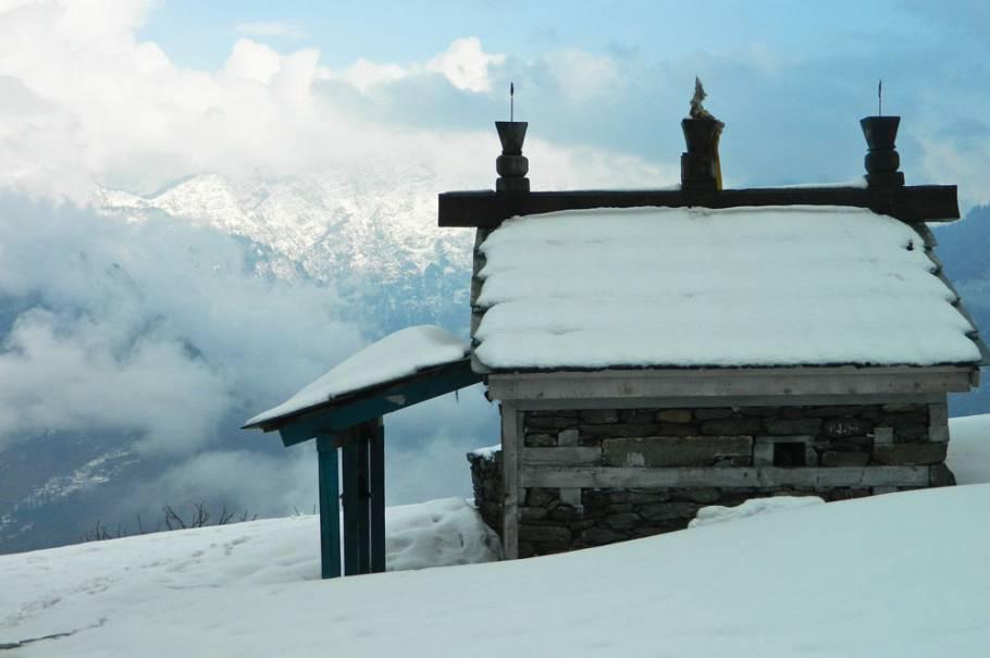 Bijli Mahadev Winter Trek, Himachal Pradesh