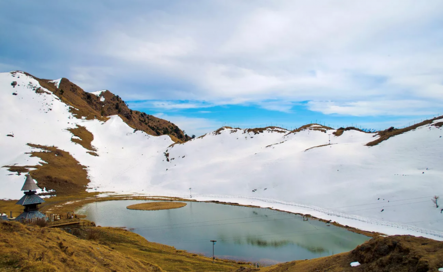 Prashar Lake Winter Trek, Himachal Pradesh