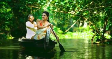 Image of Kerala Tourism – Houseboats in Kerala
