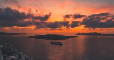 Image of The bucket list for the maiden Santorini traveler